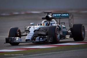 Lewis-Hamilton-Mercedes-2015-F1-testing-Barcelona-8