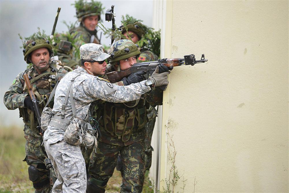 albanija vojska nato