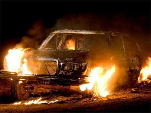 zapalen avtomobil