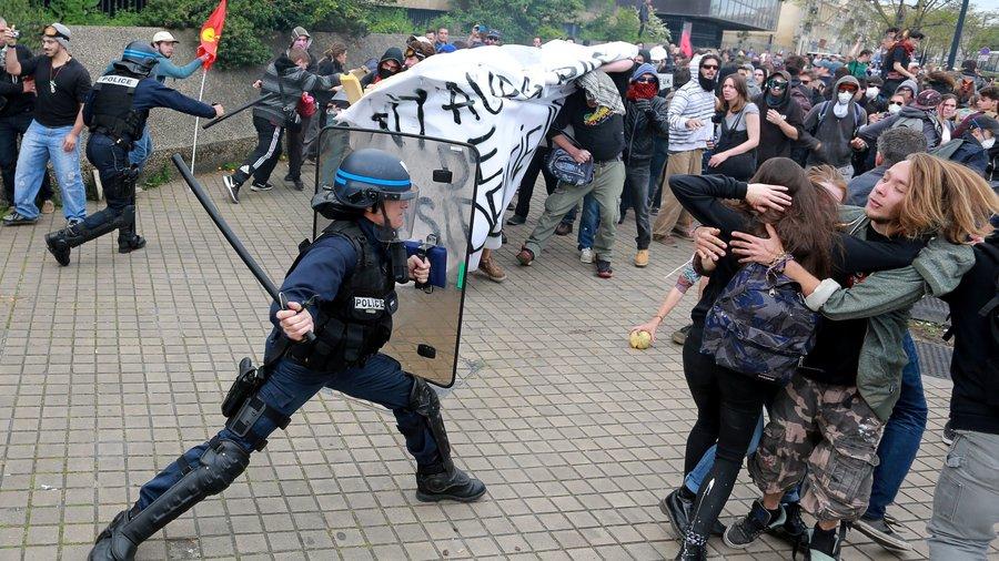 francija protesti