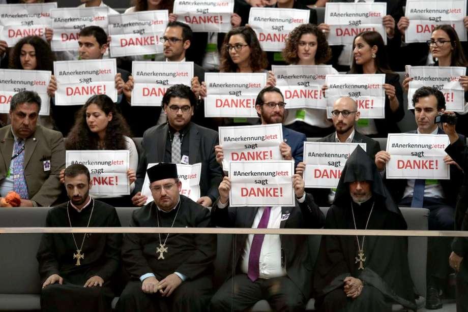 parlament glasanje genocid ermenski