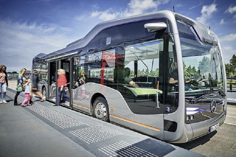 Mercedes-Benz-Future-Bus-0