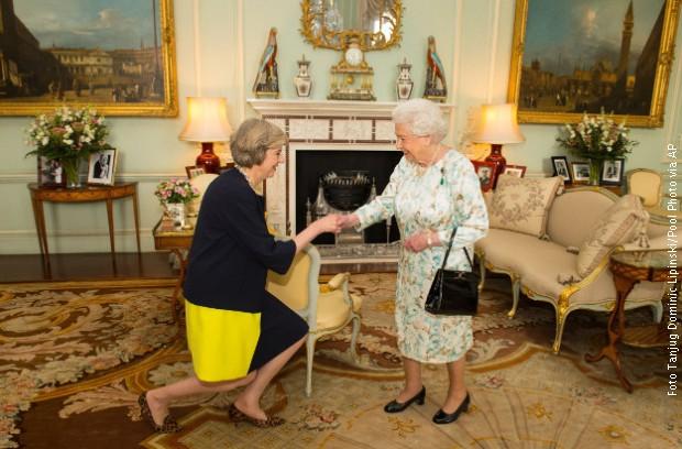 Tereza Mej i Kralica Elizabeta