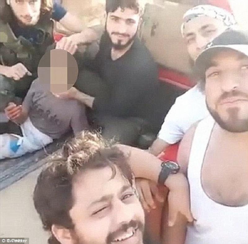 dete-siriija-obezglaveno-02