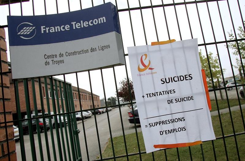 FRANCE-LABOUR-ECONOMY-DEATH