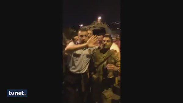 policaec apsi vojnik turcija