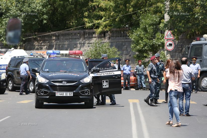 policija ermenija3