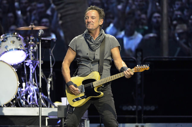 Bruce-Springsteen-E-Street-Band-billboard-1548