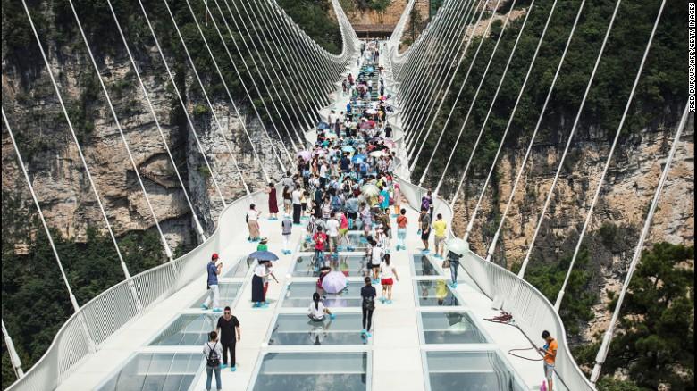 kina staklen most