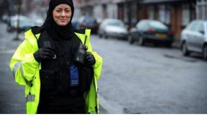 policija hidzab
