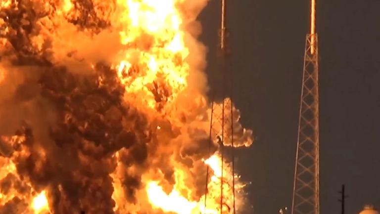 space x eksplozija raketa