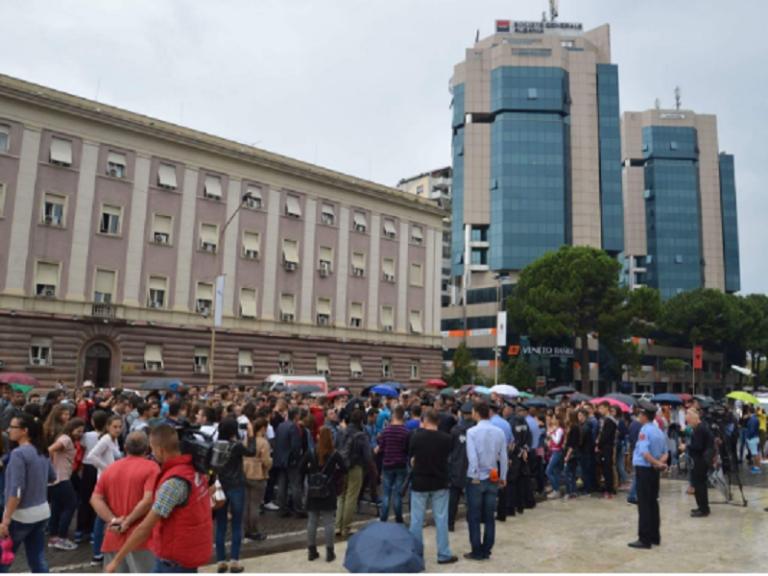 tirana-studenti-protest