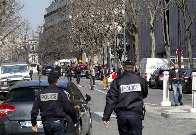 pismo mmf pariz eksplozija