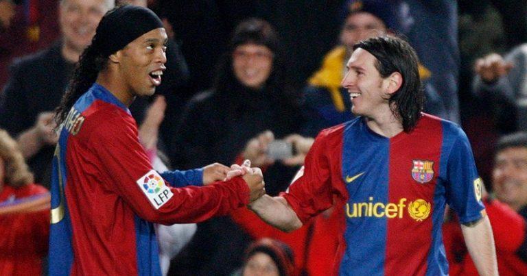 Lionel-Messi-and-Ronaldinho-celebrate