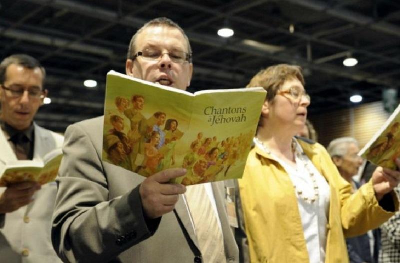 Јеховини сведоци  забранети во Русија како екстремистичка организација