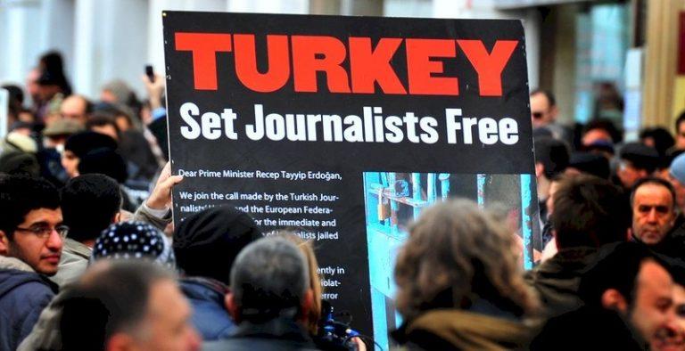 turcija novinari