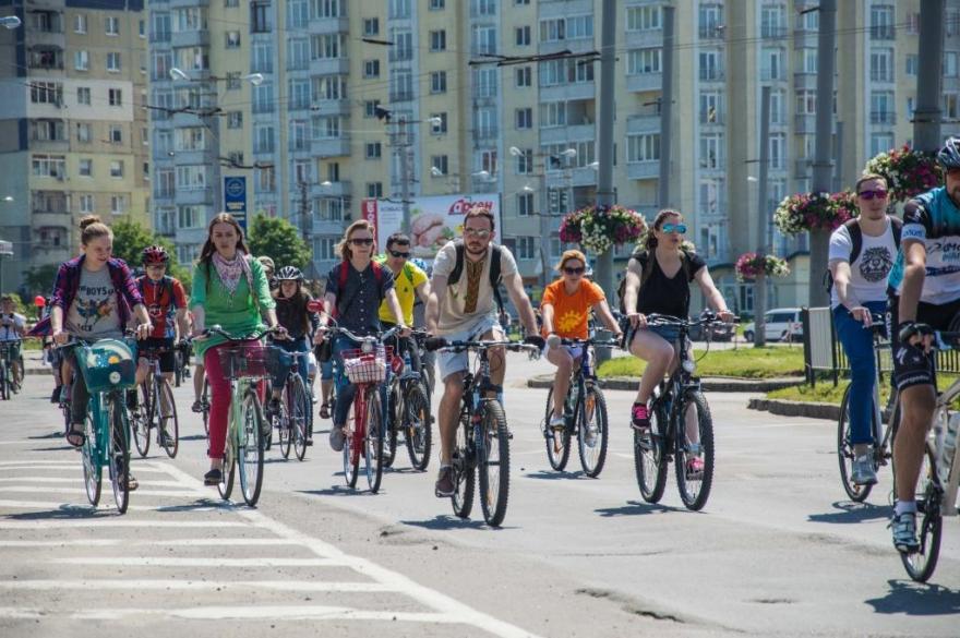 velosipedisti_0