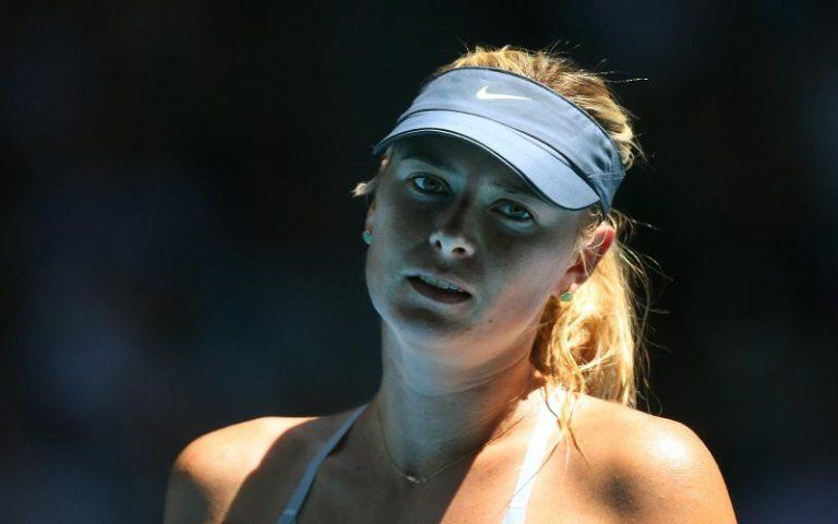 Mesto: Melbourne  Datum: 24.01.2013 Dogadjaj: SPORT/ITF - Ruskinja Marija Šarapova posle poraza, 0:2 (2-6, 2-6), u polufinalnom meèu protiv Kineskinje Na Li na Otvorenom prvenstvu Australije u tenisu (Australian Open) Licnosti: Maria Sharapova (Rusija)