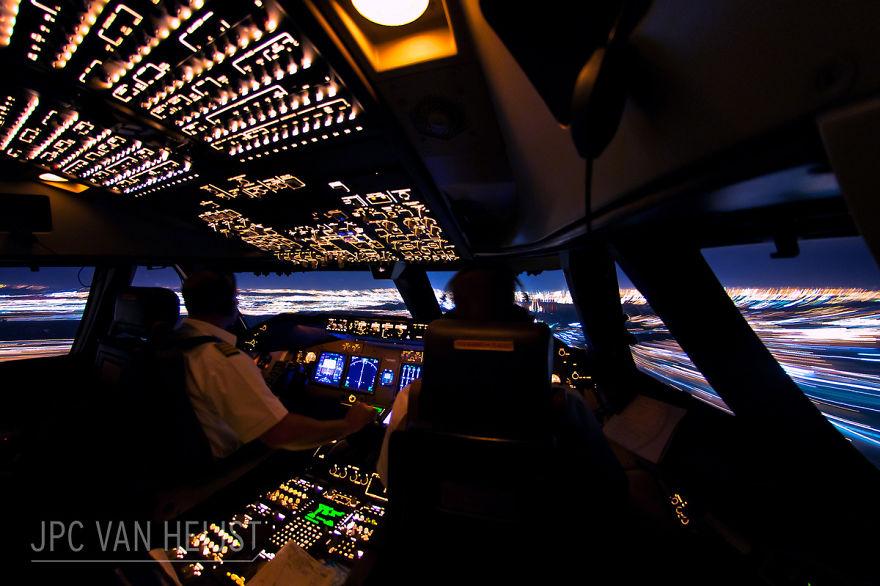aerial-photos-boeing-747-plane-cockpit-jpc-van-heijst-11-592c0ee2e4923__880