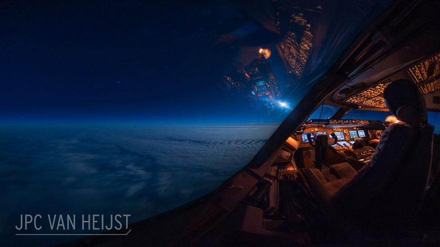 aerial-photos-boeing-747-plane-cockpit-jpc-van-heijst-16-592c0eec9bad2__880