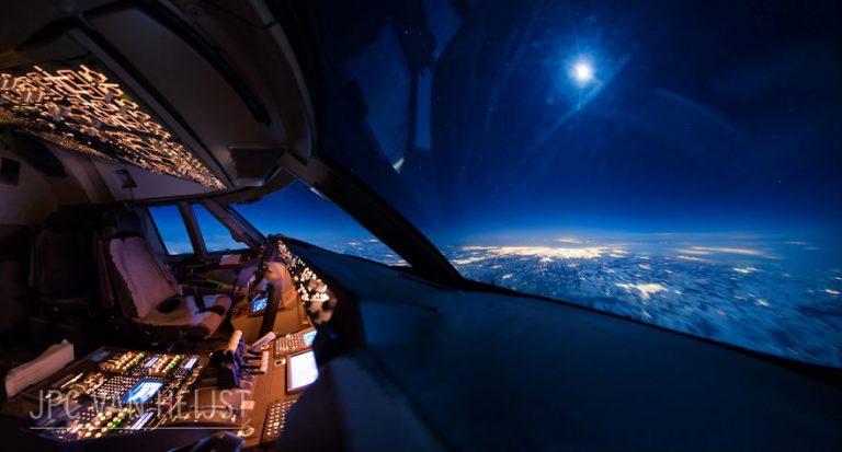 aerial-photos-boeing-747-plane-cockpit-jpc-van-heijst-30-592c0f070984c__880