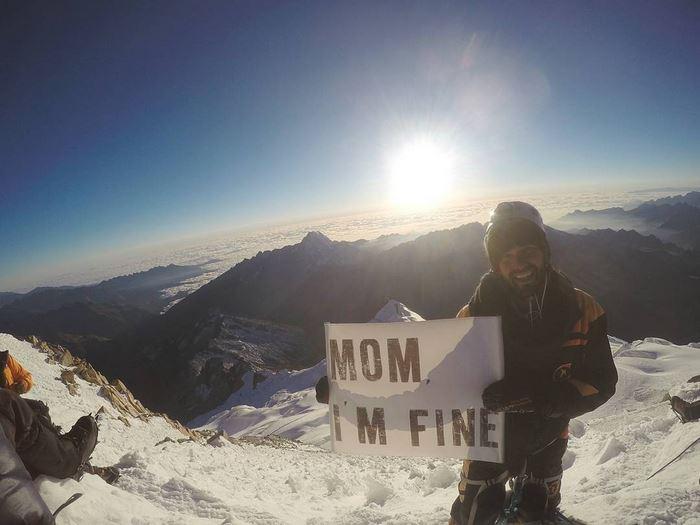 mom-im-fine-guy-still-travel-around-world-jonathan-quinonez-31-593f937f3d615__700