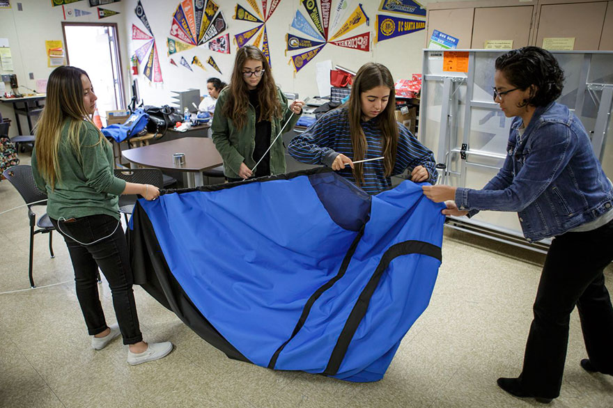 solar-powered-tent-invention-homeless-teen-girls-16