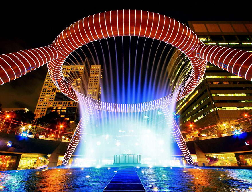 worlds-most-amazing-fountains-18-59310337d03d0__880