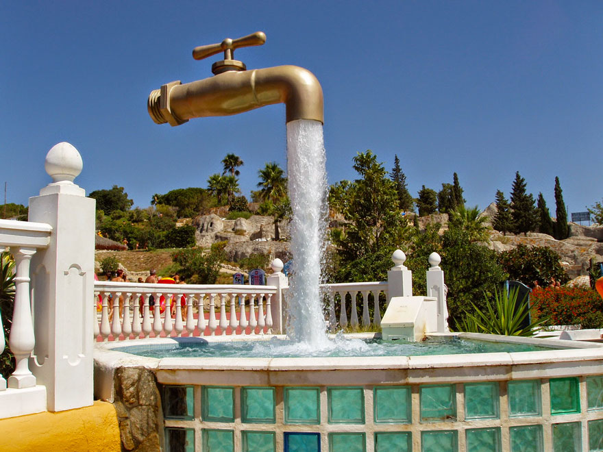 worlds-most-amazing-fountains-4-592d340bc57ec__880