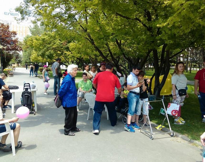 Иницијативата  Пет до дванаесет  повторно со шатори ќе протестираат пред Собранието