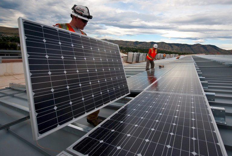 11_ solar-panels-1794467_1280